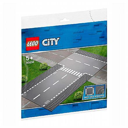 LEGO City - Reta e Entroncamento - 60236